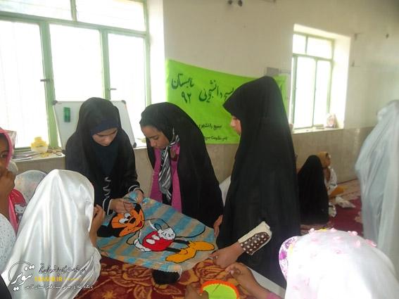 گزارش تصویری از  اردوهای   جهادی  بسیج  دانشجویی  خنج