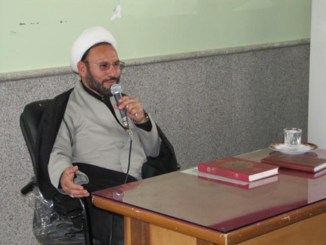 گردهمایی سیاسی بسیج طلاب و روحانیون زرین دشت برگزار شد