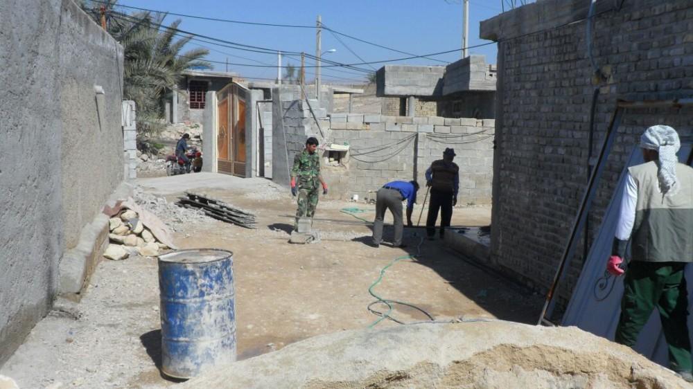 لذت عبادت در خدمت جهادی/ وقتی کارکنان سپاه خنج دست به کار می شوند
