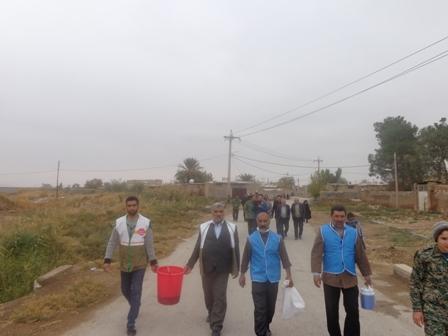 اجرای طرح واکسیناسیون طیور بومی در روستاهای شرق شیراز به مناسبت هفته ی بسیج توسط بسیج سازندگی سپاه ناحیه احمدبن موسی(ع)شیراز