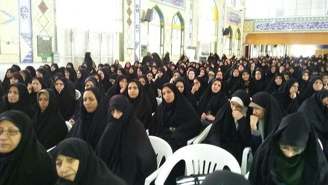حضور خواهران در مراسم نهم دی به روایت تصویر