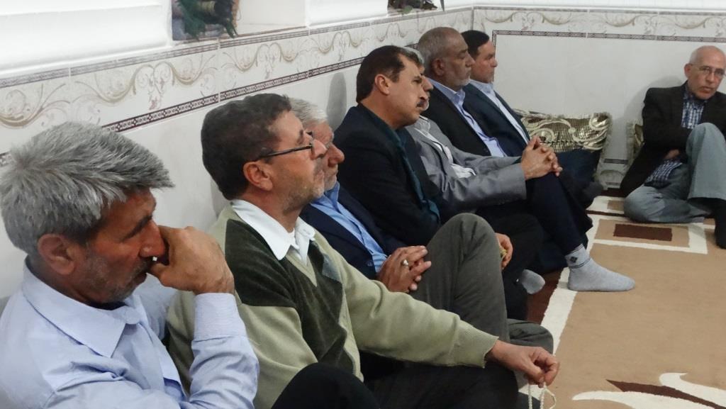 نشست بصیرتی ودیدار صمیمانه پیشکسوتان جهاد وشهادت با امام جمعه شهرستان