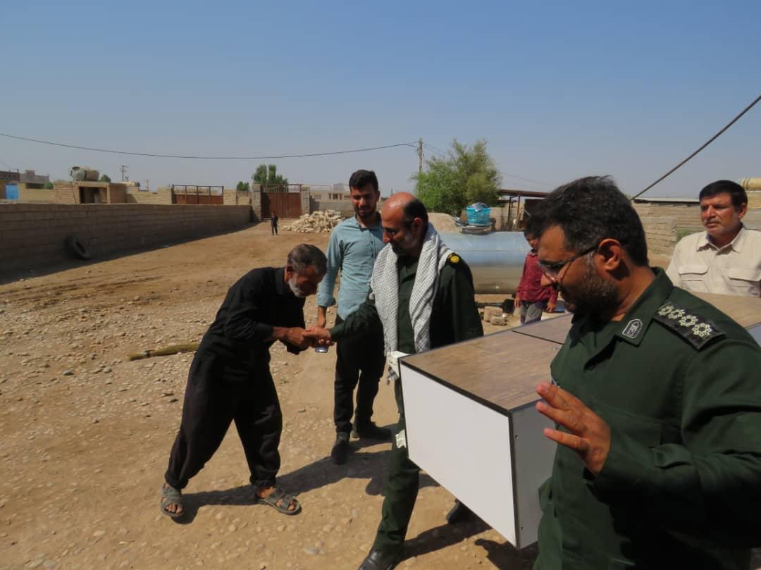 کمک ۲۰۰میلیون ریالی خیّرین لامرد به مردم محروم روستای عیله خوزستان